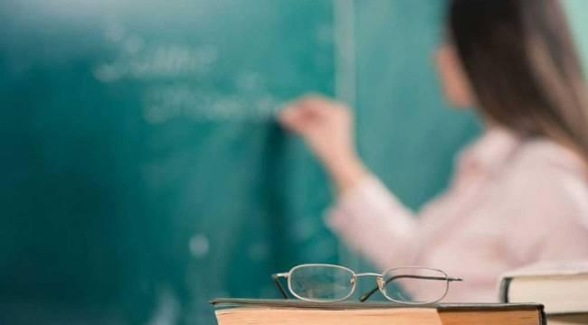 Öğretmenler 20 bin atamaya isyan ediyor