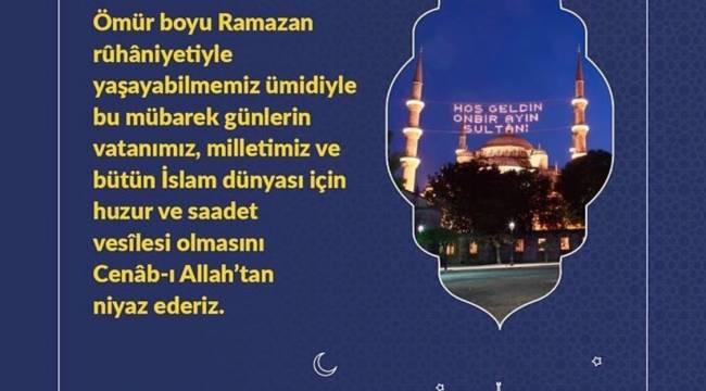Ramazan ayına bu gece Teravih Namazı ile başlandı