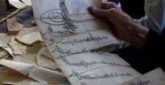 Dedelerinden kalan sandıktan 400 yıllık tarih çıktı
