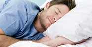 Türkler yan yatıp, 7,5 saat uyuyor